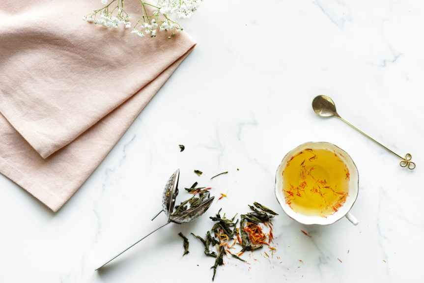 Using herbal tea for hair, nail and skin health